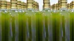 bottles-3803255_960_720